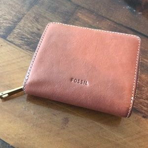 NWOT fossil wallet
